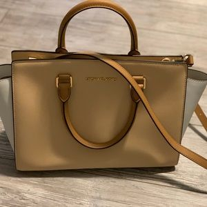 Michael Kors Top Handle/Crossbody Handbag